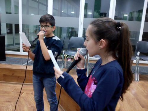 """Инициативата на Младежки център - Добрич """"Напиши песен за Коледа"""" навлезе в своя трети етап"""